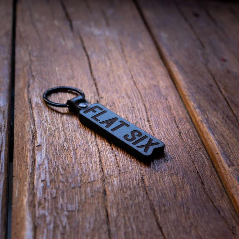 Flat Six Schlüsselanhänger
