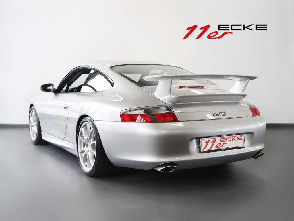 Porsche 996 GT3 rear end