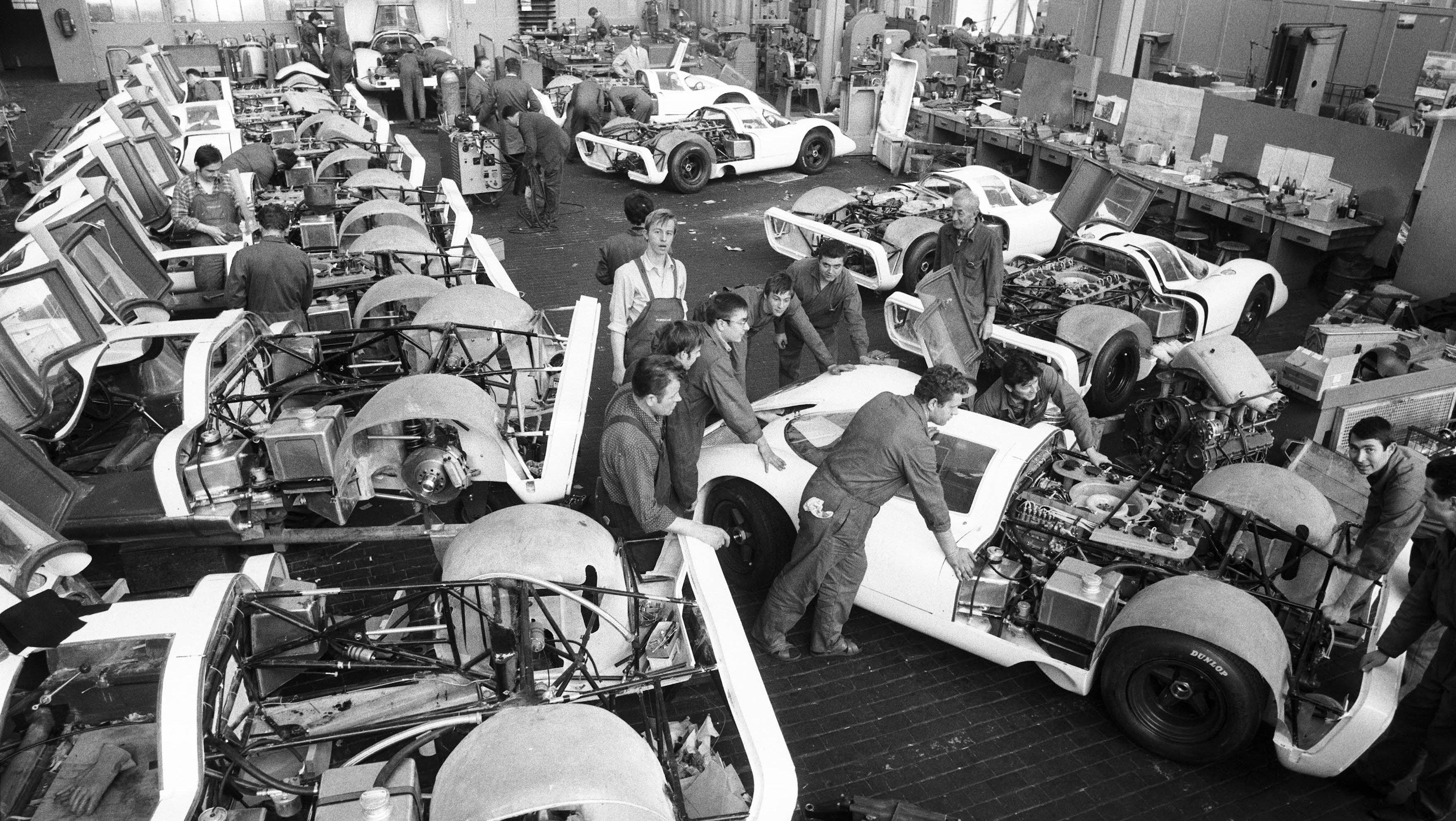 Build 25 Porsche 917 homologation model