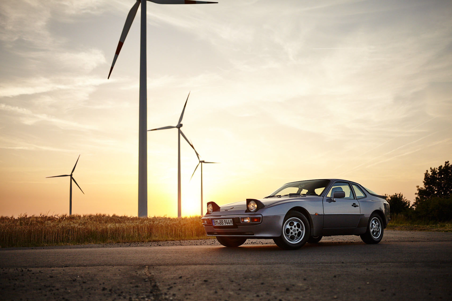 You can't hide your origins – Bastien and his Porsche 944S