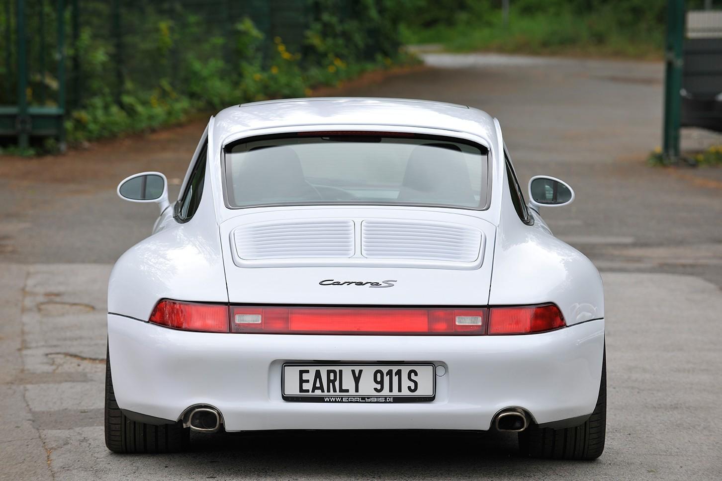 Porsche 993 Carrera S rear view spoiler