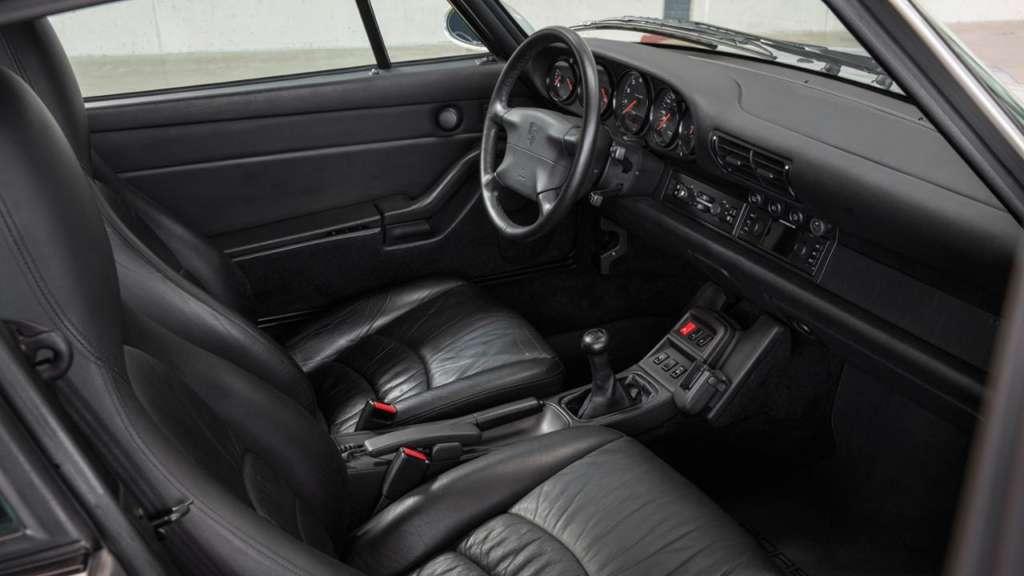 Steering wheel 993