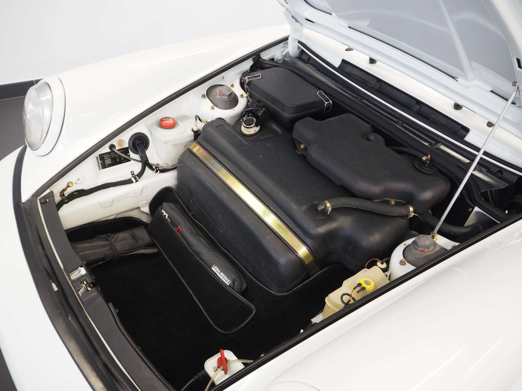 Porsche 911 Carrera RS 964 1992 frunk Kofferraum