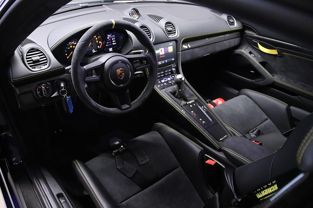 Rain Guards For Cars >> Porsche 718 Cayman GT4 2020 - elferspot.com - Marketplace for Porsche Sports Cars