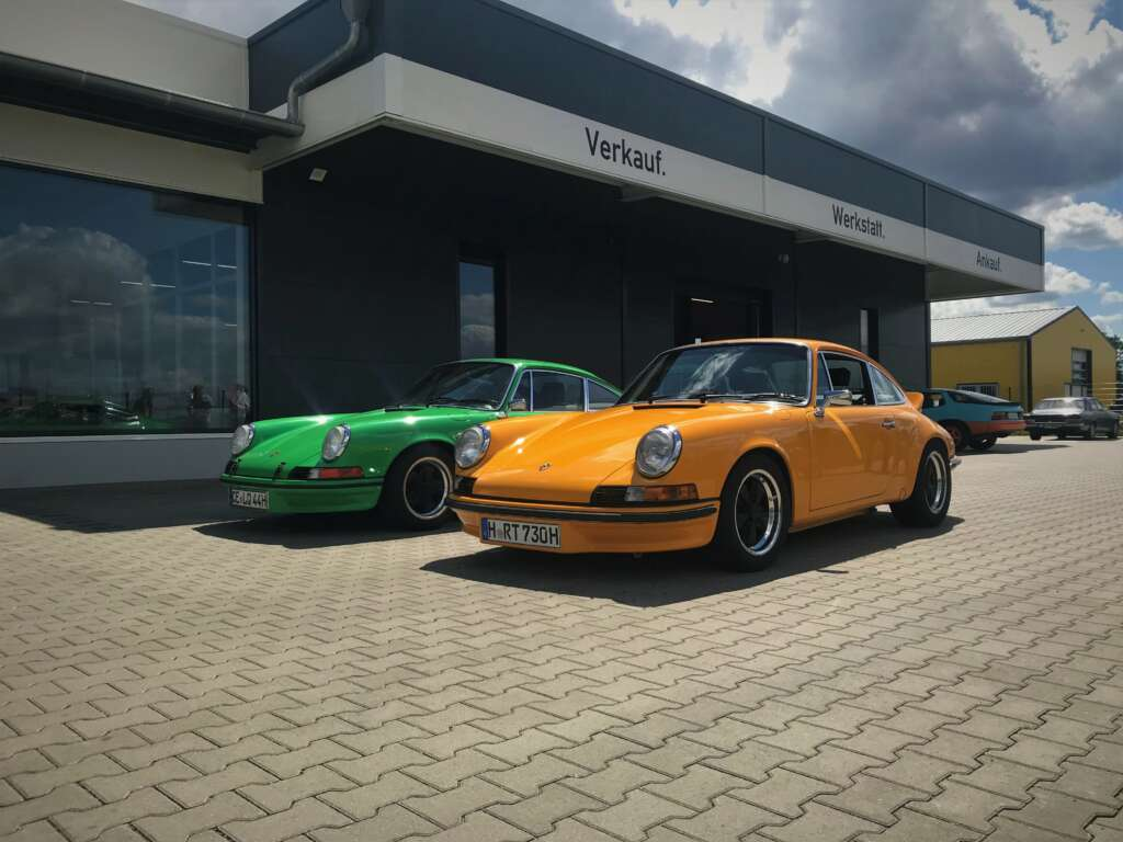 ikonA7 Porsche 911 Carrera RS Replica