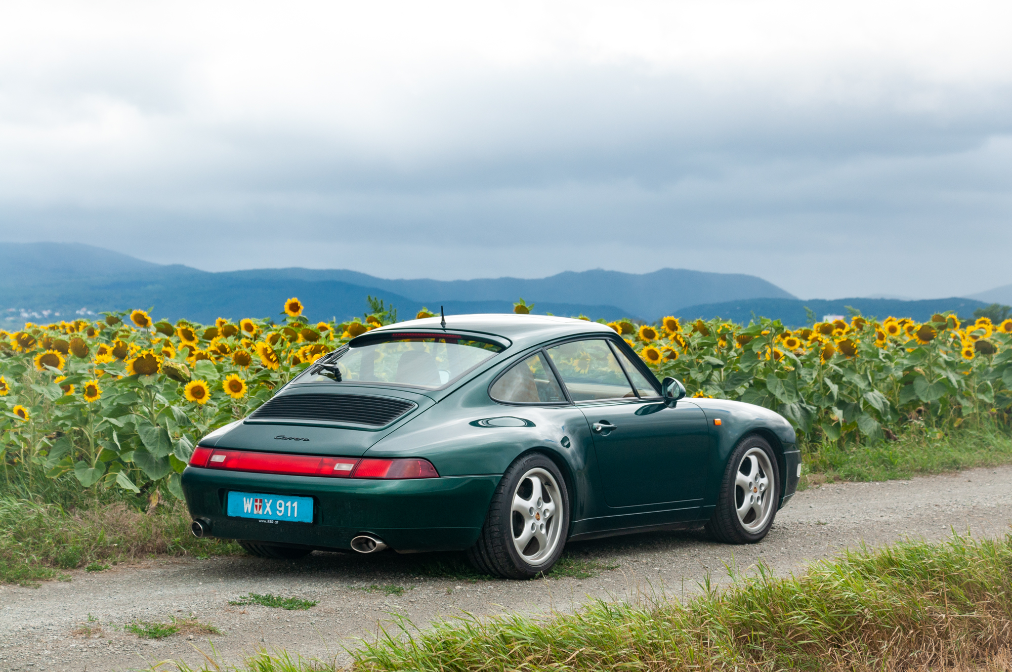 A Jungle Green Porsche 993