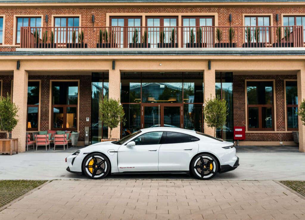Porsche Taycan gebraucht kaufen (Turbo S)