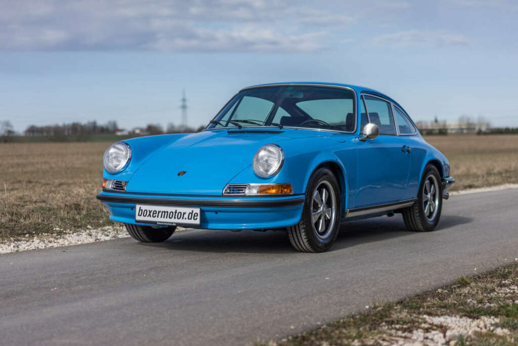 Porsche 911 blue for sale