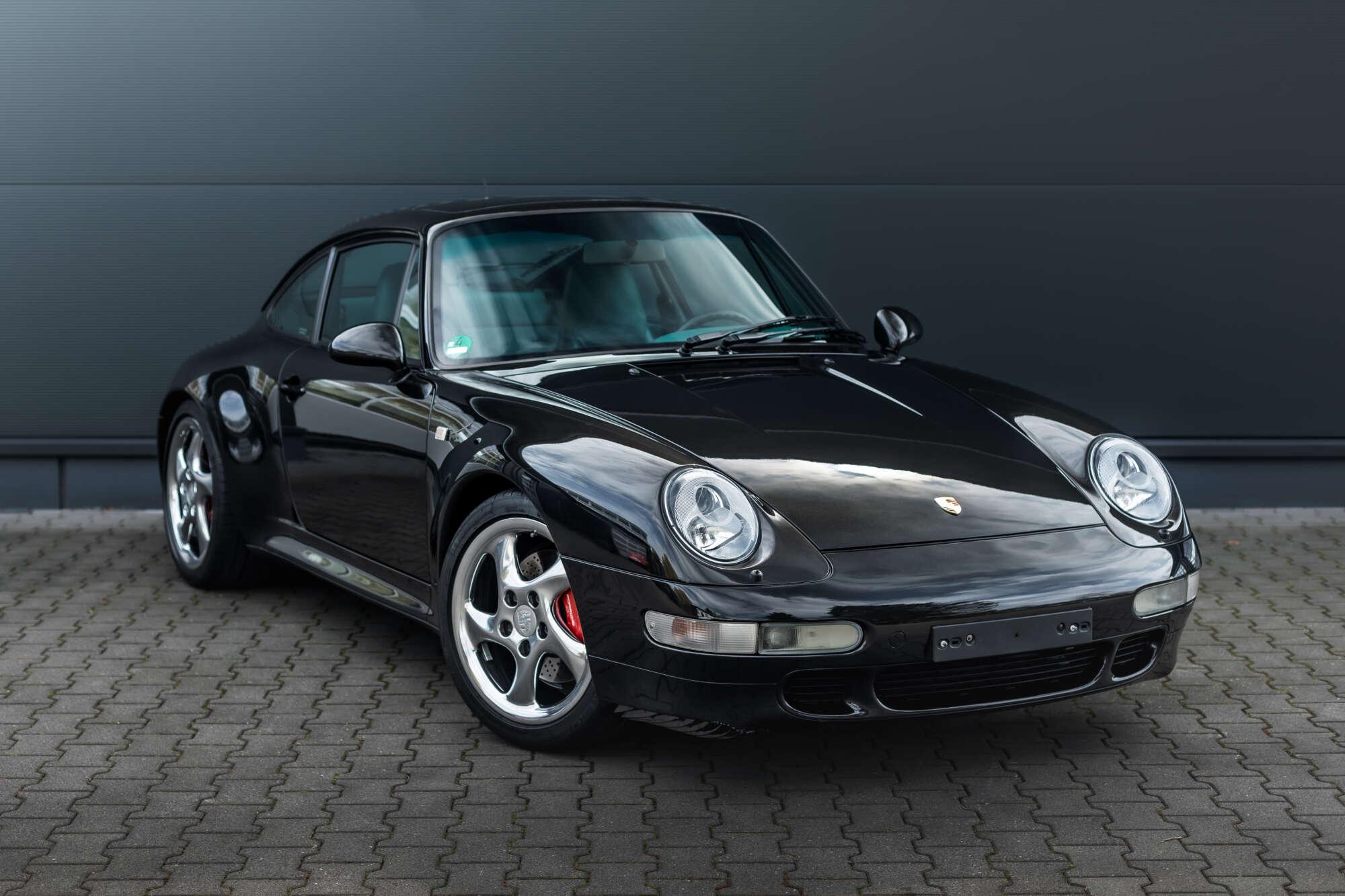 Porsche 993 Carrera 4S