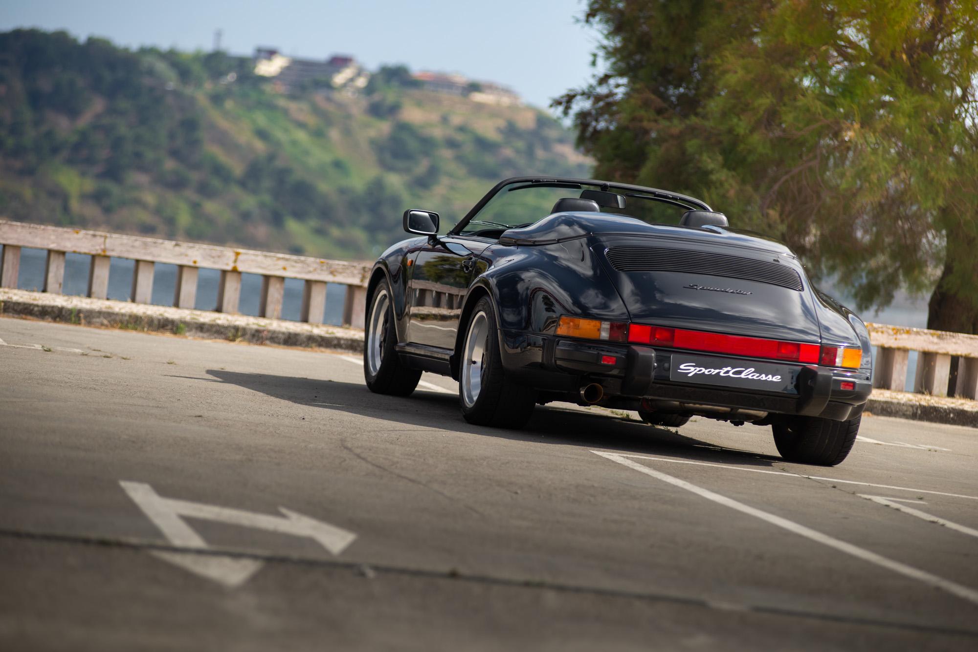 Porsche 911 Carrera 3.2 Speedster