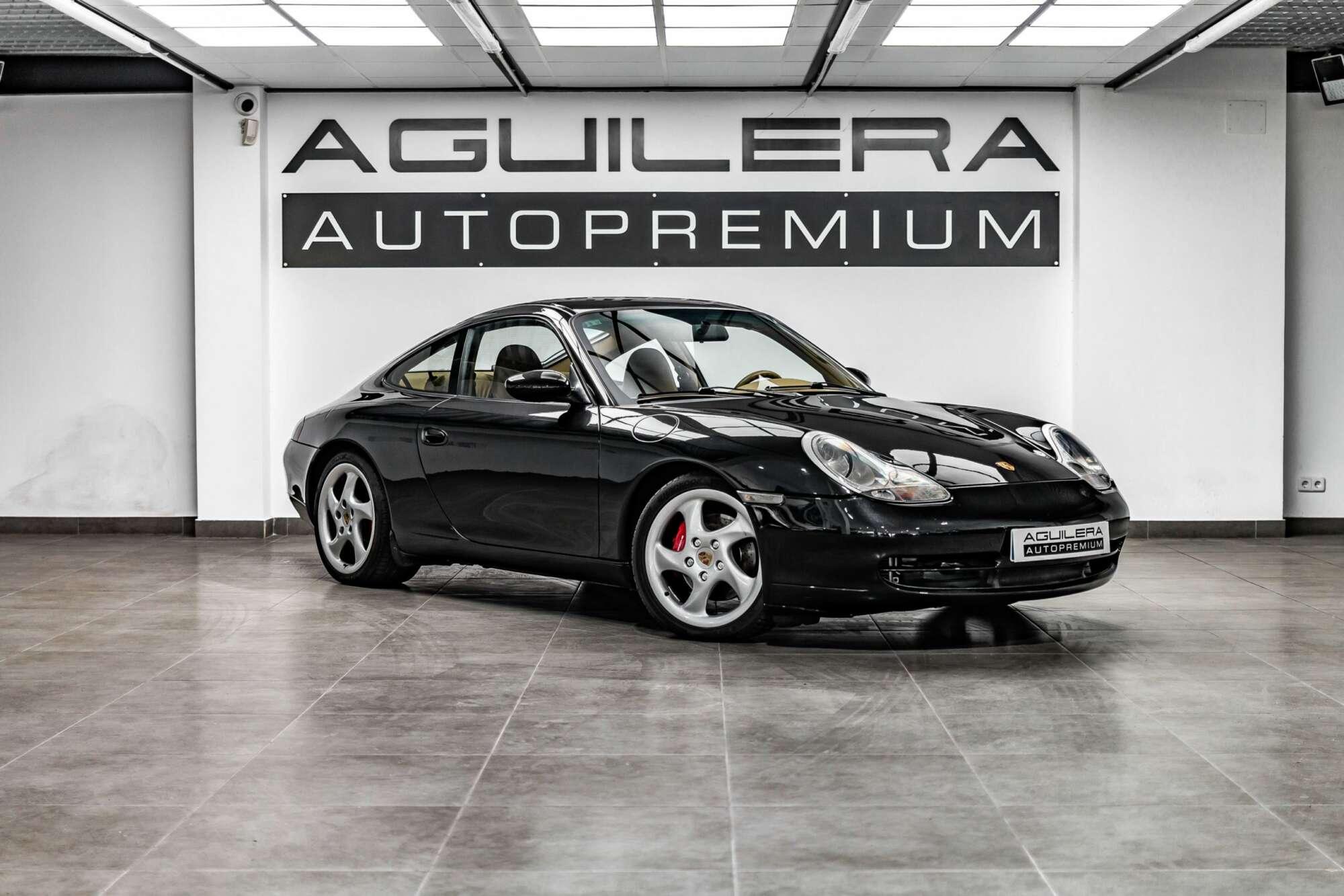 Porsche 996 Carrera 4