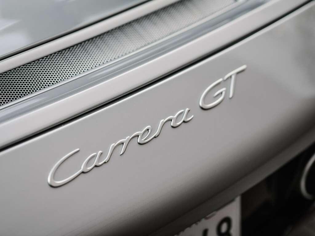 Carrera GT Modellschriftzug