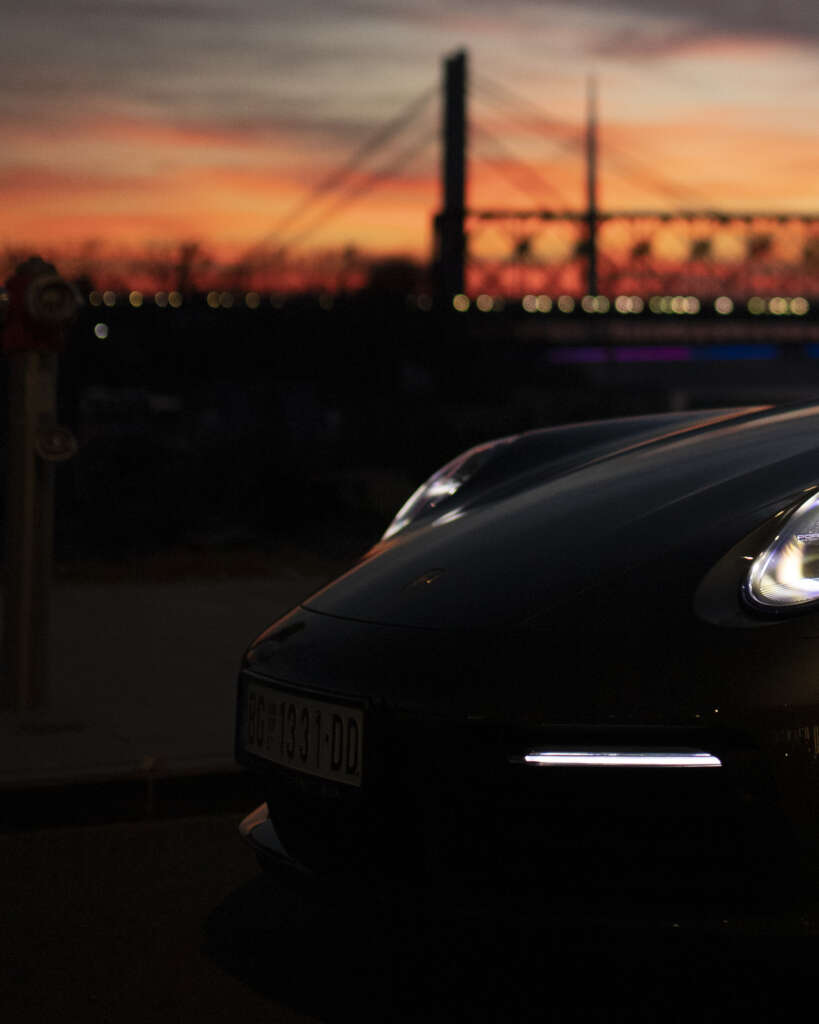 Porsche-992-Carrera-4S-Belgrad-morning-sun
