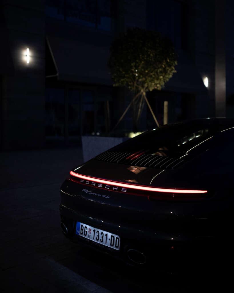 Porsche-992-Carrera-4S-Belgrad
