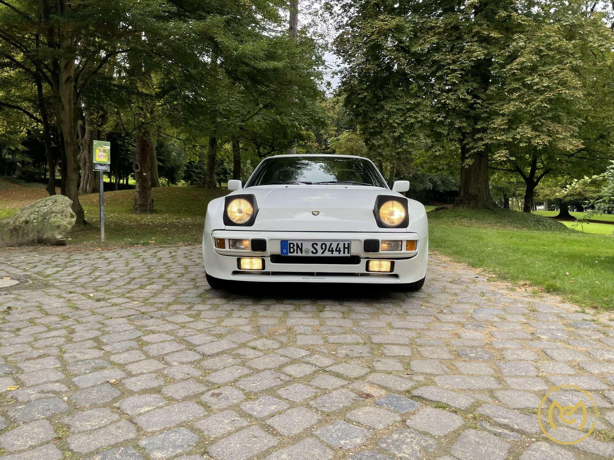 Porsche 944 S Coupé