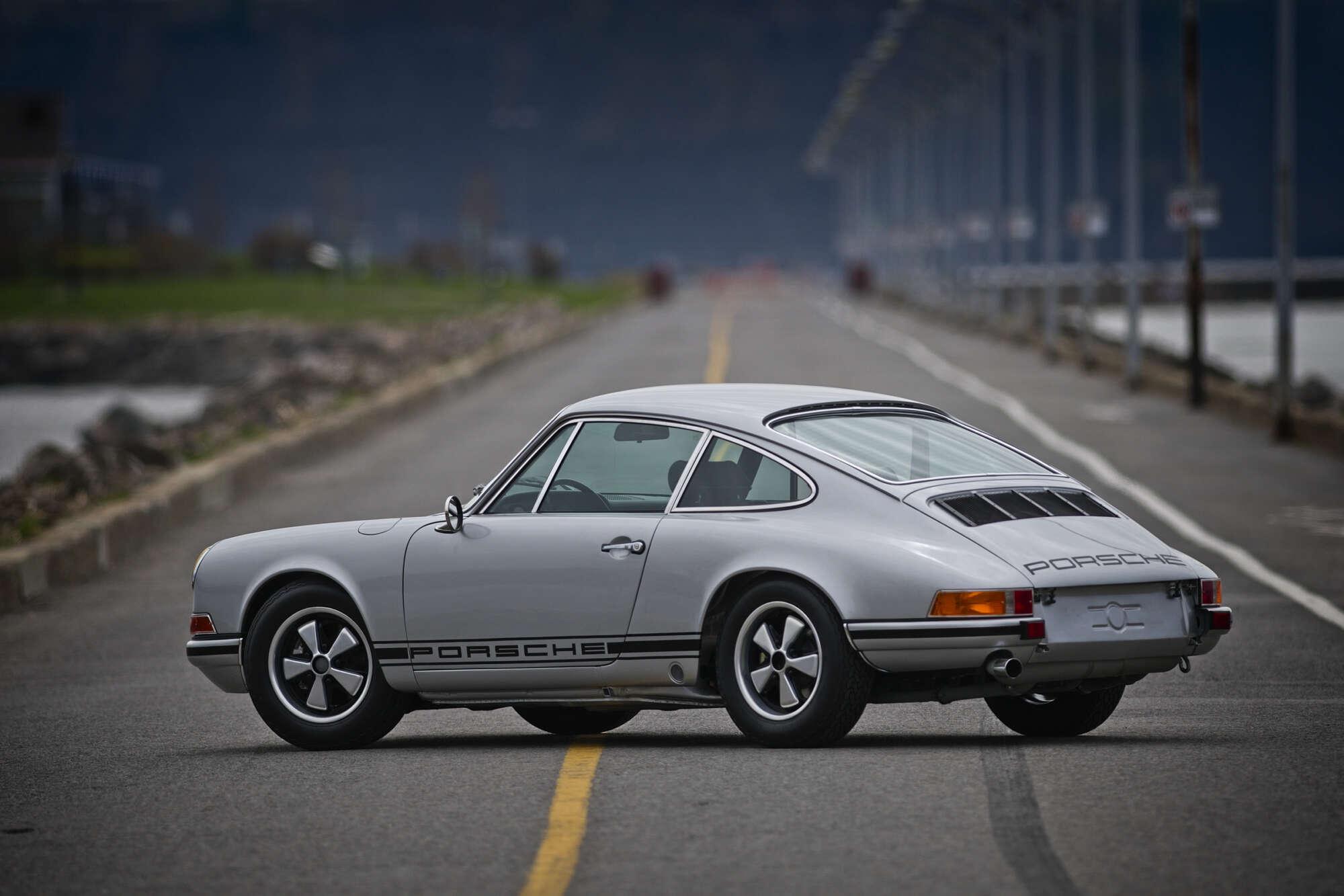Porsche 911 S-T